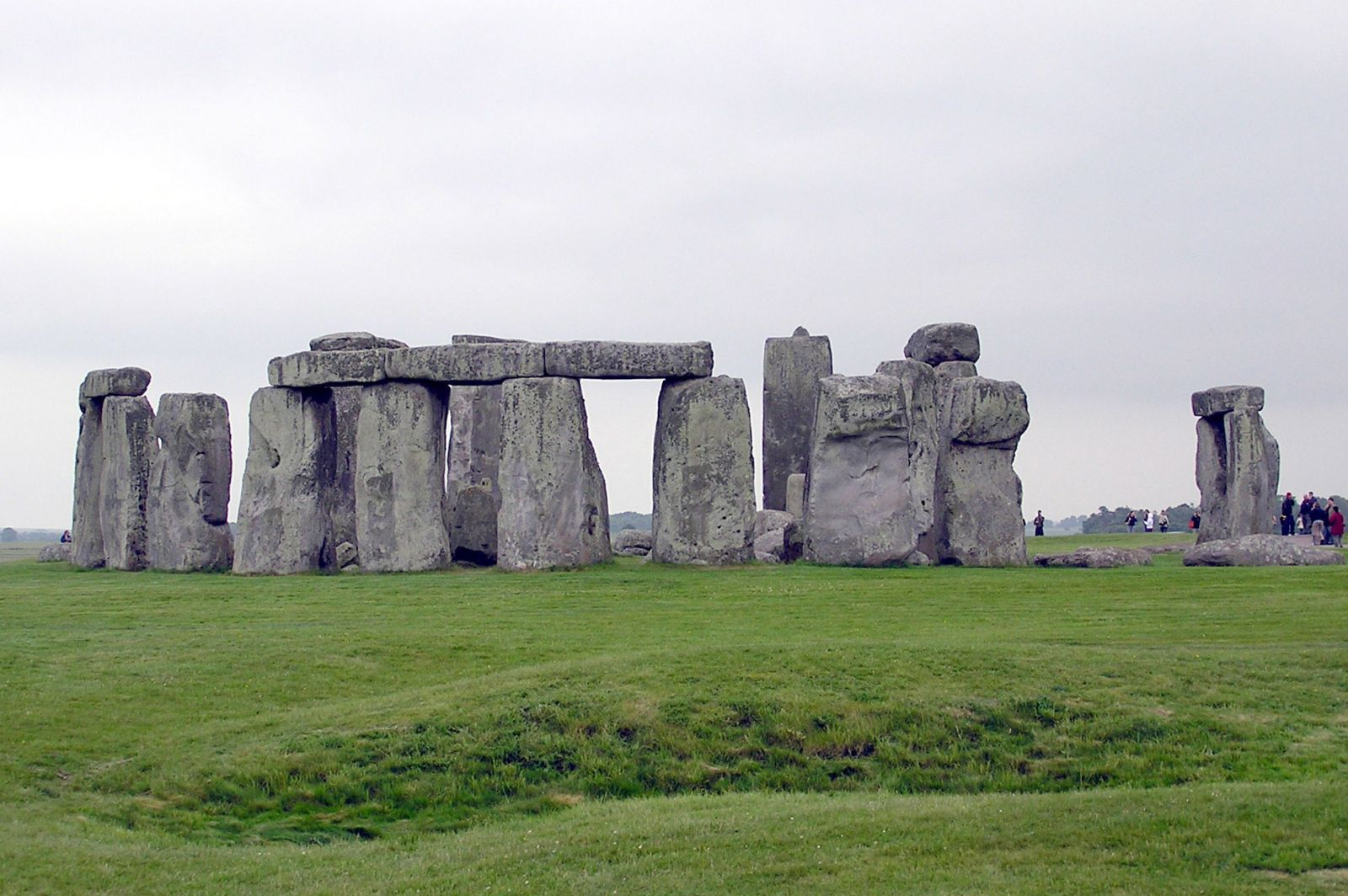a description of stonehenge as a prehistorically monument located in united kingdom Tourism in switzerland  63% united kingdom, 48% united states  the contemporary monument tropaeum alpium in la turbie celebrates the victory won by.